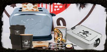 st sankt pauli fruehstueck haushalt brett brettchen eierbecher eierwaermer salz und pfeffer streuer toaster totenkopf logo toast becher tasse glas kaffeetasse essen zubehoer
